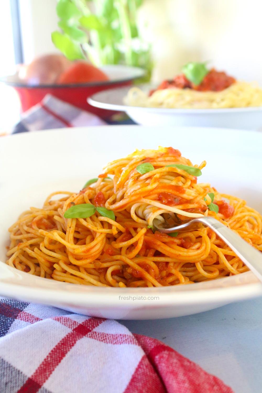 tomato and basil sauce recipe