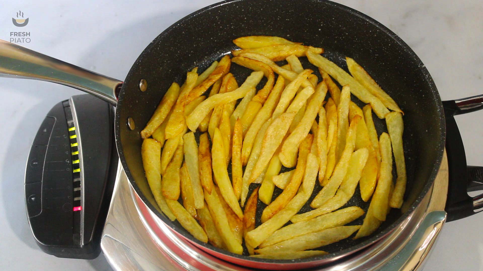 Add the fried potatoes in an empty non-stick skillet