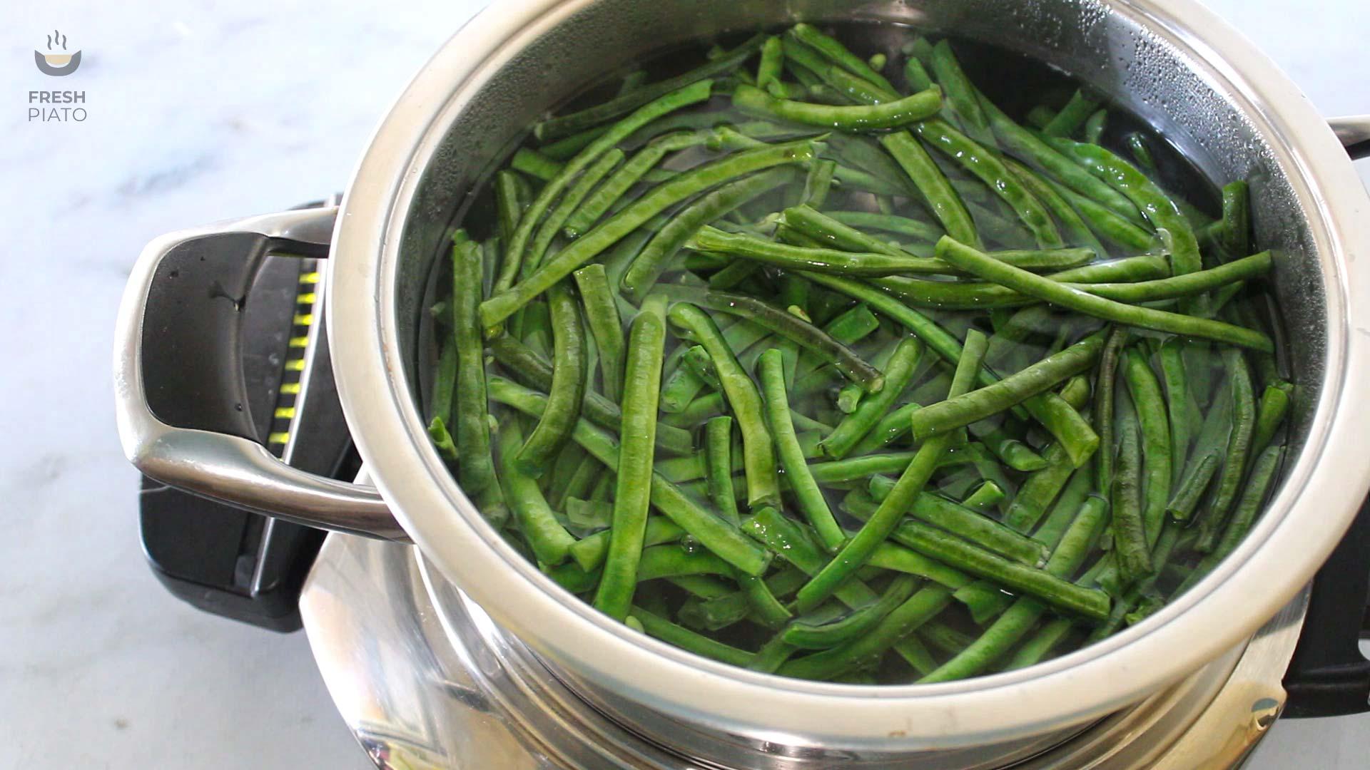 snake beans pot